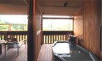 本館の露天風呂付き客室